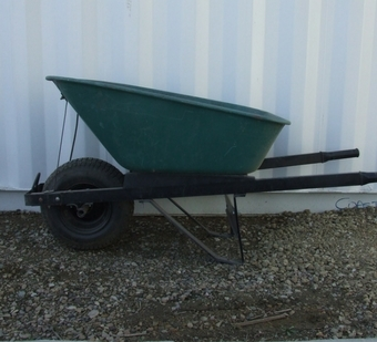 Wheel Barrow (Rental)
